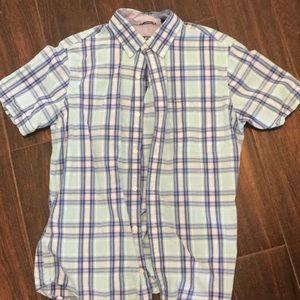 Men's size M Izod shirt